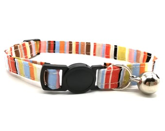 Red stripe with breakaway safety collar