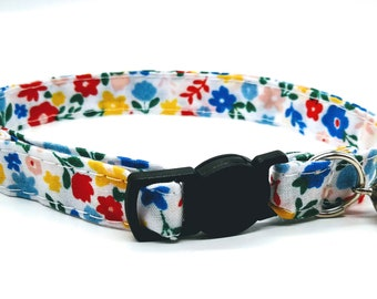 Primary daisy breakaway safety collar