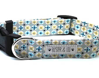 Adjustable dog collar | blue geometric daisy dog collar |  Blue Daisy | spring dog collar