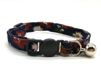 Navy Daisy Duke breakaway collar