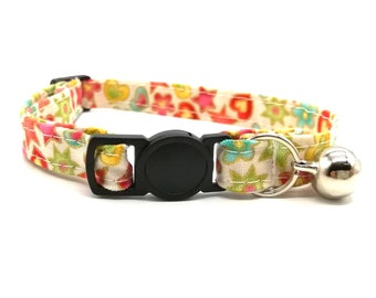 Flower and star fabric breakaway safety collar