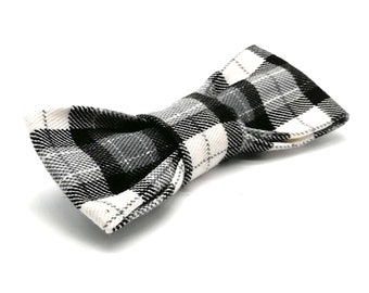 Cool Cat Bowtie in black and grey plaid check tartan - Hipster Cat
