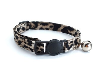 Black and grey leopard print with breakaway safety clasp