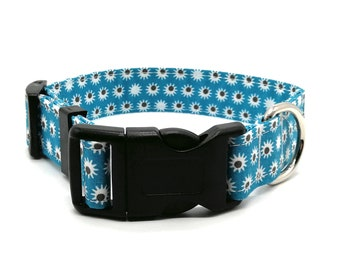 Sleepy Daisy design dog collar | adjustable dog collar | daisy floral dog collar | jade dog collar |