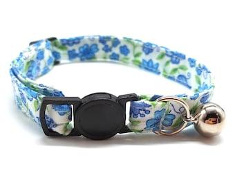 Blue vintage floral breakaway safety collar