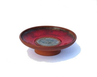 Wheel thrown vintage pottery small red flat pedestal bowl with crackled glass center