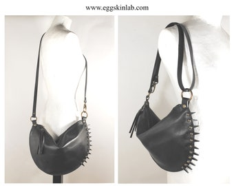 Spiky Halfmoon. Leather bag with leather spikes. Crossbody bag. Punk purse. Got and steampunk style. Shoulder bag. Bizarre leather purse.