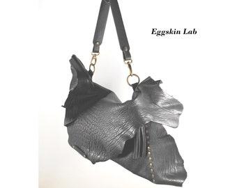 Unique of a kind bag. Soft leather bag, handbag, leather handbag, soft purse, unique piece, only one, darkfashion, blackleather bag, purse.