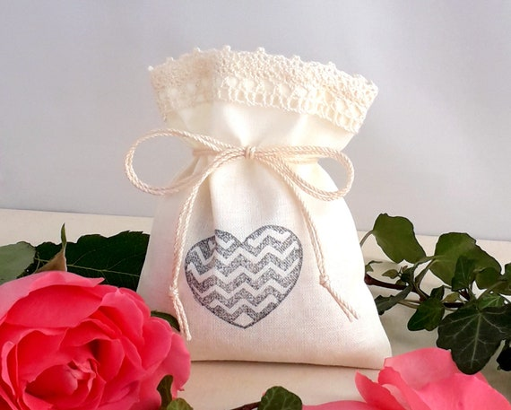 Thanks Party Favors 10 Stamped Gift Bags Set Wedding Showers Birthday Decoration Give away Gifts for Guests Beige Cotton with Lace