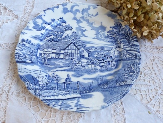 Jeanne d/'Arc living Set of 6 Antique french ironstone red transferware soup plates French transferware Gustavian home french shabby chic