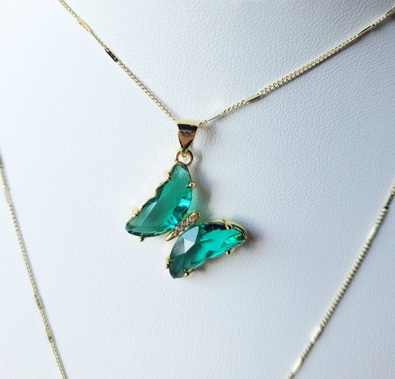 Minimalist Delicate Jewelry Green Butterfly Necklace  Mariposa Necklace 90s 2000s y2k Trendy Aesthetic Dainty Cute Trendy Jewelry