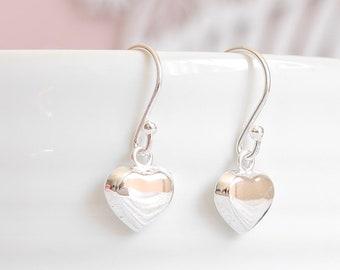 925 Sterling Silver Heart Earrings ∙ Heart Jewellery ∙ Solid Heart ∙ Dangle Earrings ∙ Birthday Gift for Her ∙ Christmas Stocking Filler
