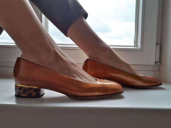 Konstantin Starke New York patent leather pumps LuciteTortoise heel Solid kitten heel Ballerinas Brown shoes Vintage pumps 38
