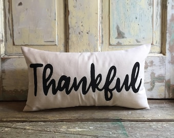 Pillow cover | Thankful pillow | Fall pillow | Fall Decor | Thanksgiving pillow | Thanksgiving decor | Entryway pillow | Hostess Gift