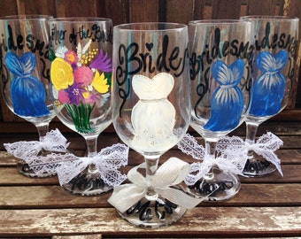 Hand Painted Personalized Wine Glasses, Wedding Wine Glasses, Bride Gift, Bridesmaid, Mother of Bride, Bachelorette Party, Be My Bridesmaid