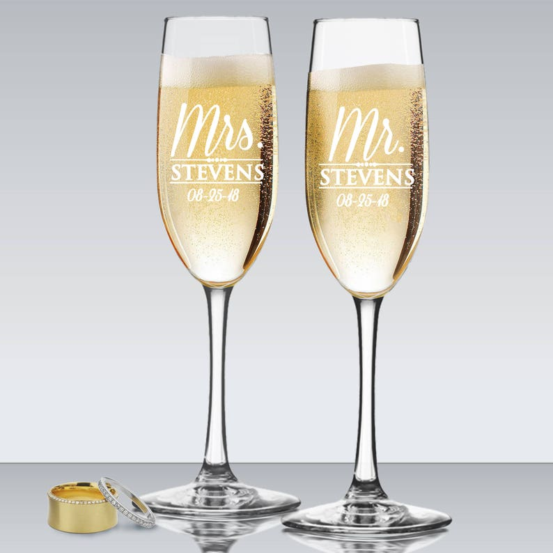 Mr and Mrs Personalized Champagne Flutes Wedding Toasting image 0