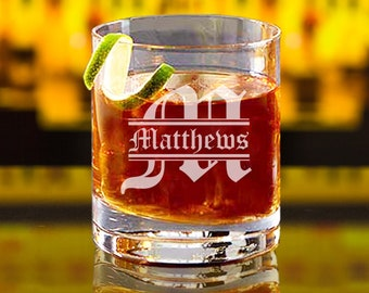 Personalized Whiskey Glassses, Engraved Rocks Glass, Bourbon Glasses, Whiskey Gifts, Groomsmen Whiskey Glasses, Etched Whiskey Glass