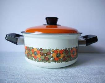 Gorgeous Retro Enamel Casserole Pot