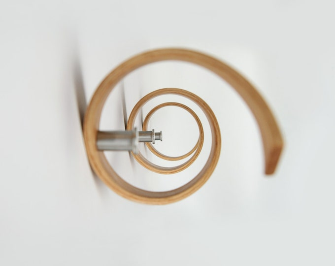 Coat Rack / Coat Hanger / Wall Hanger / Wall Hangings / Wall Hooks - Spiral