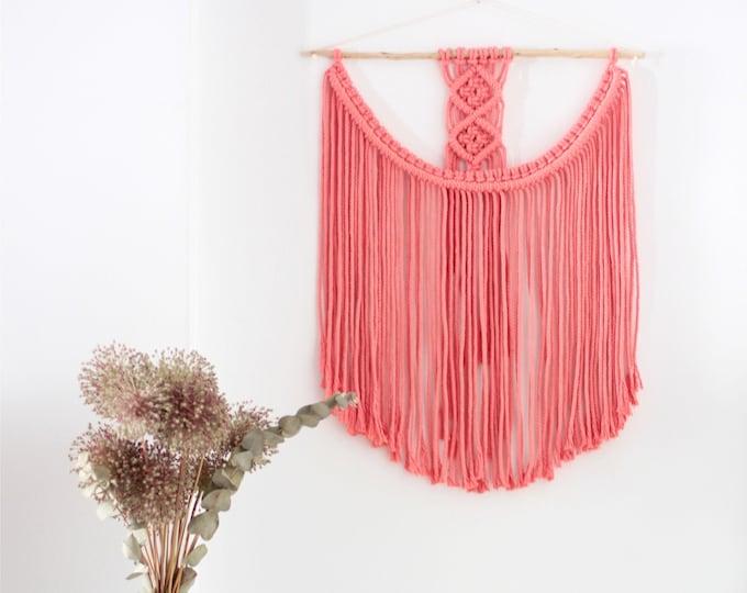 Boho wall hanging gift, Macramé wall hanging, Macrame tapestry, Boho Wall Hanging, Bohemian decor, Boho Decor, Hippie decor, Pink macrame