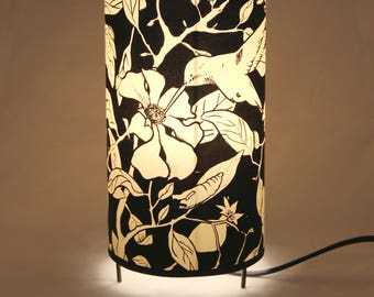 table lamp, lamp hummingbird, lamps flowers, bird lamps, handprinted lampshade, watercolor lampshade, lamp design, nature, pomegranate