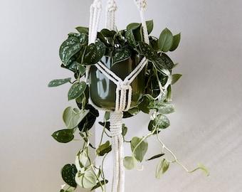 Macrame plant hanger, macrame planthanger, macrame pot holder, boho holder plants, boho pot hanger, indoor garden, natural white macrame