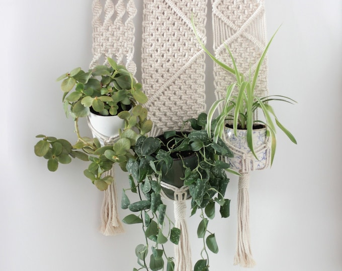 Macramé Wall hanging, Boho Planthanger, Macrame wedding, Plant hanger, Macrame three pot holder, Macramé three plants, Boho macrame,Tapestry