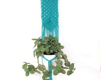 Macrame hanging planter, Wall hanging blue , macrame plant hanger, turquoise macrame pot holder, jungalow style, planthanger, indoor garden