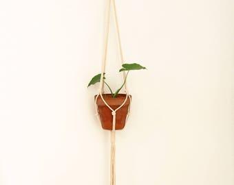 Macrame plant holder, Macrame plant hanger, Macrame planter, Plant holder, Hanging planter, Modern macrame, Modern boho, Macrame wedding