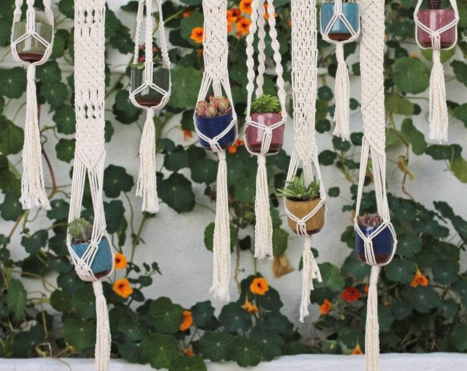Wedding macrame, Modern boho wedding, Wedding present, Wedding mini Plant Hanger, wedding seating plan, Wedding decoration, Guests gift