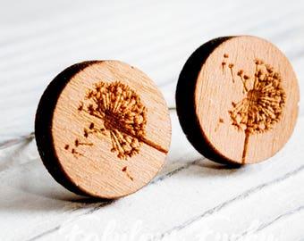 Pusteblumen stud earrings