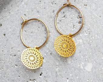 Filigree earrings with mandala pendants - Silver / Gold - Light earrings - Boho - Discs