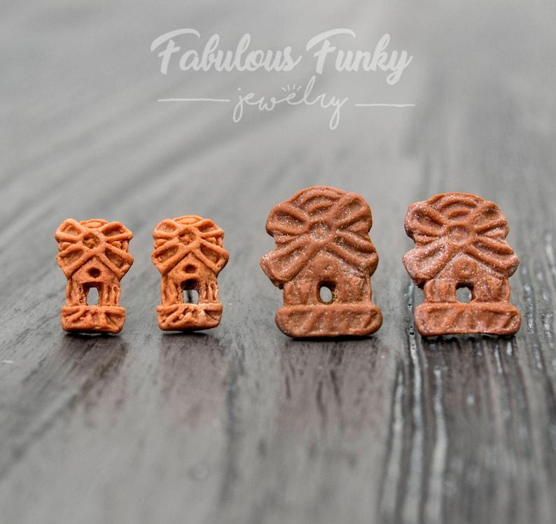 Spekulatius biscuits stud earrings Miniature food-biscuit-Food-Food-Fimo-Hypoallergenic-stainless steel