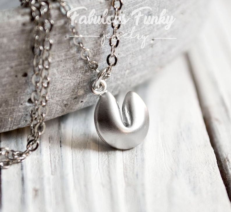 Lucky biscuits chain silver-coloured