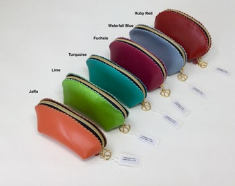 Leather Purse in Italian Softee Leather with a crimped edge design.  Small, Neat but holds plenty of change.  Free UK Shipping