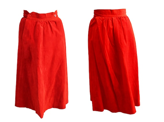 Vintage 1970s red suede leather skirt midi skirt  