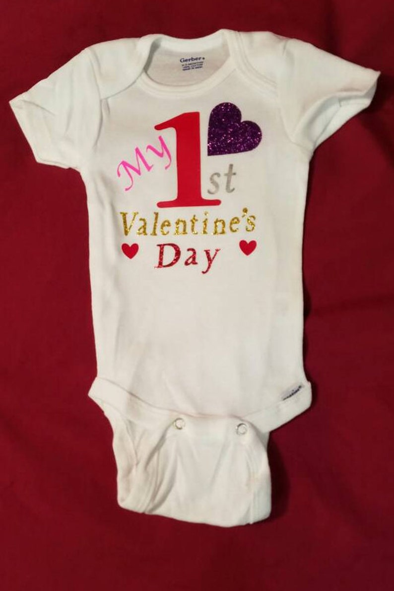 ff9e47bb964cf Ma première Saint-Valentin Valentine de bébé personnalisé