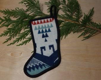 Couples Stocking Set Vintage Pendleton Plaid Cream Hobnail Holiday Mantle Decor Tartan Christmas Stockings