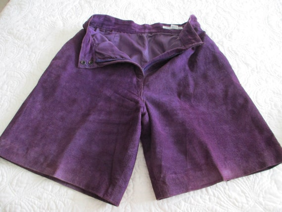 Real suede leather purple lined Bermuda shorts siz