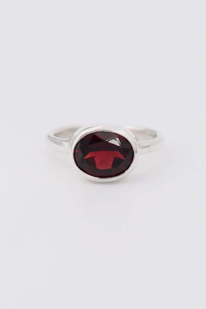Garnet Ring Sterling Silver ring SALE January Birthstone,Garnet Silver Ring,gemstone ring birthstone jewelry,oval simple ring