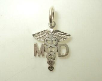 MD (Medical Doctor) Charm (JC-087)