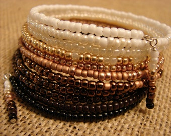 Transitions: 10-Coil Memory Wire Bracelet