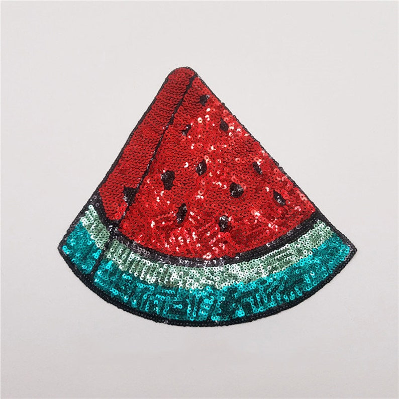 Red Watermelon Sequins Patches For T-Shirt Sew On Patch DIY Fruit Paillette Applique Embroidered For Clothes Applique Decor Badge BG58
