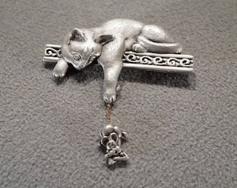 Vintage Retro Style Silver Tone Pewter Articulated Cat Mouse Design Dangle Pin  Brooch Jewelry K#40