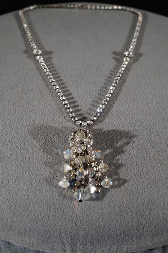 Vintage Art Deco Style Silver Tone Glass Stone Bib Style Rhinestone Hook Closure Dangle Necklace Jewelry   K#34