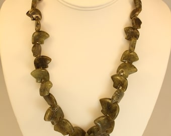 Bear Fetish Necklace In Agate