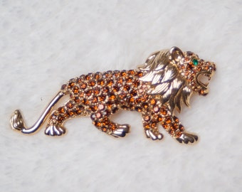 VINTAGE lion brooch,  righstones brooch, animal pin, fugiral, zodiac