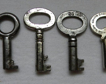Stencil Key Steampunk Primitive Ornate Victorian Skeleton Key Cottage Chic