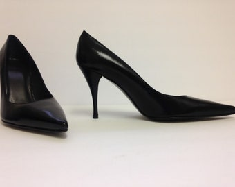 f392677eae3 NEW Stuart Weitzman black high heel pumps size 7   four inch heels   black  leather pumps   new never worn Stuart Weitzman pumps