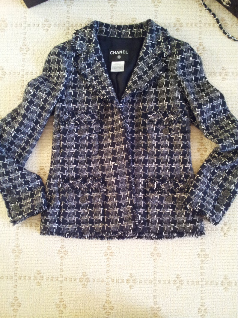 8196adbb372 CHANEL JACKET size 6 8 New with Tags Cashmere Chanel Boucle